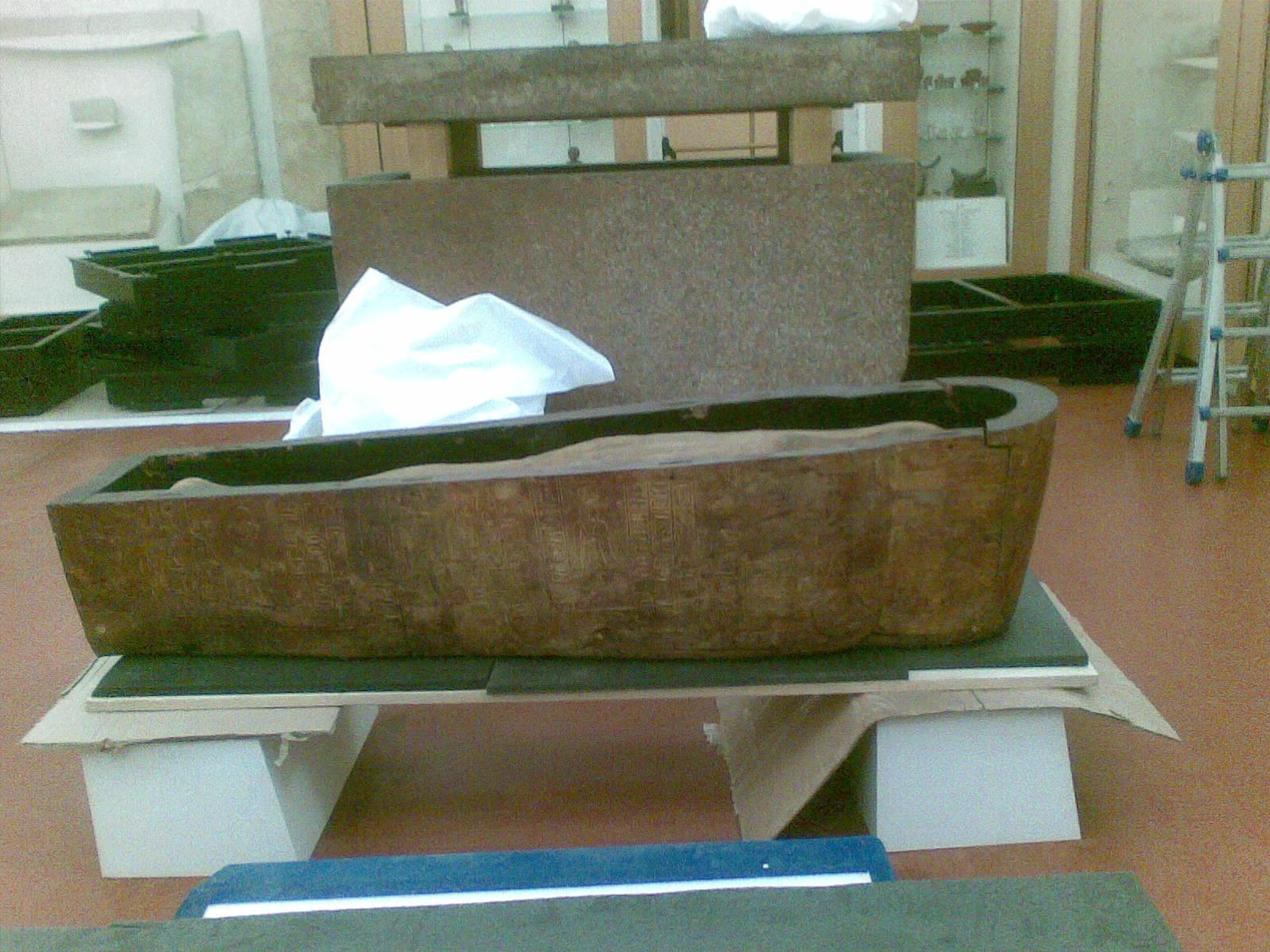 Egizio 2010 marzo Tomba di Kha mummia 2